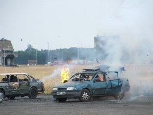 img16-carexplosion.jpg