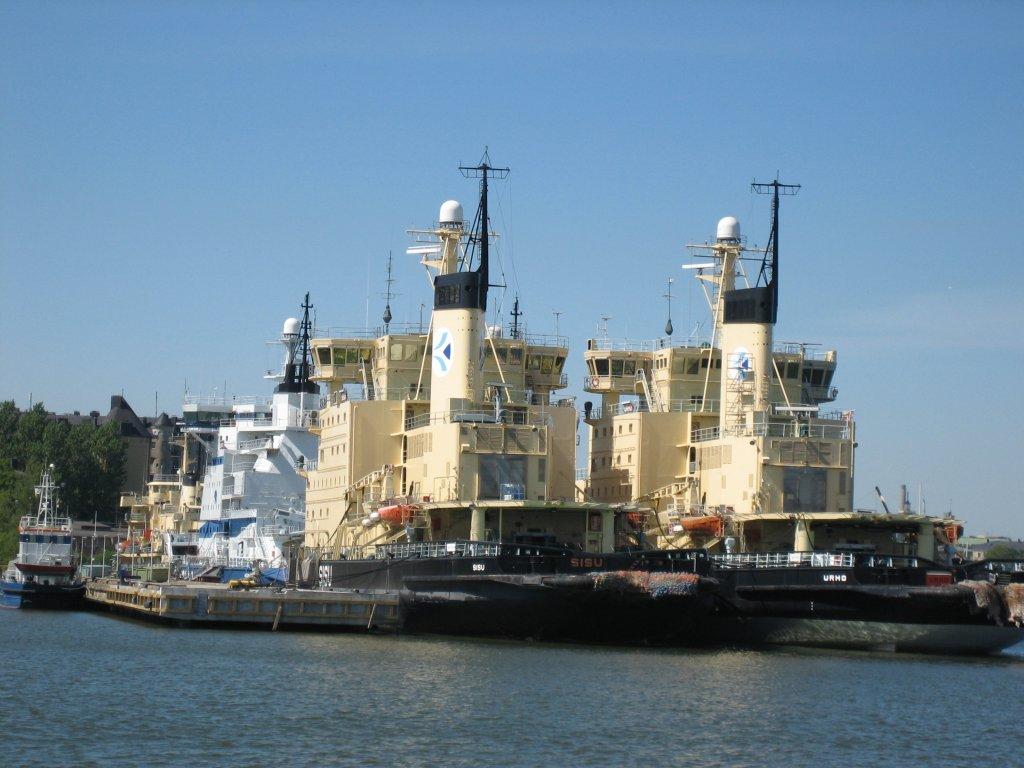060708_ships03.jpg