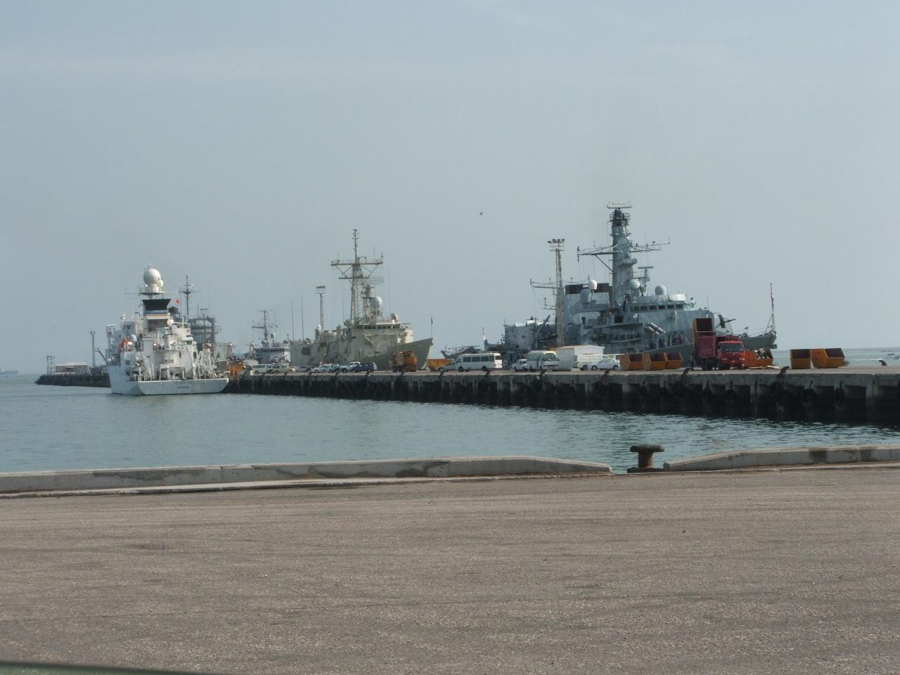 2005_1124Bahrain0137.JPG